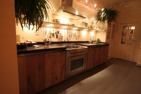 Inspiratie Nieuwe Keuken : Eiken keukens en badkamers eiken meubelen.nl meubelmakerij geeraths