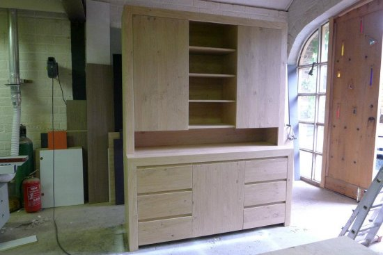 Eiken kasten eiken meubelmakerij geeraths - Planken maken in een kast ...