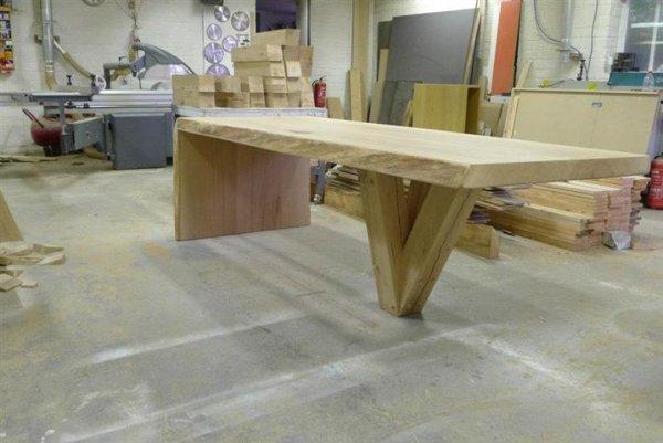 Eiken tafels op maat van Meubelmakerij Geeraths